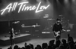 All Time Low in Harrisburg, PA (by Rebecca Mae)