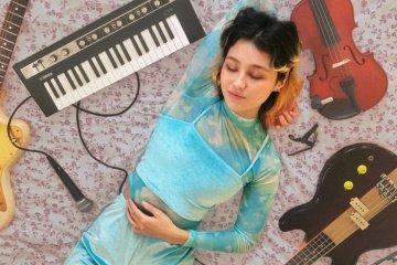 Luna Li jams EP artwork